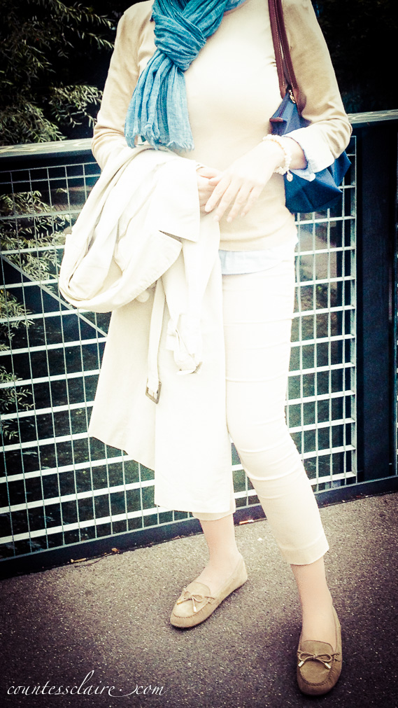 Countess Claire -Outfit of the day in beige und blau 2_-2